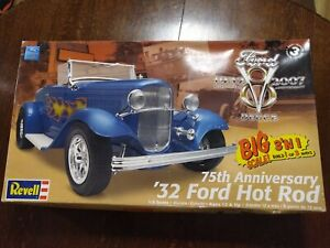 Revell '32 Ford Hot Rod 3in1 Coupe HUGE 1/8 scale model kit 85-2620 SEALED BAGS