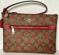 New Coach 91542 Signature Gallery Pouch Coated Canvas Crayon Heart Khaki / Red