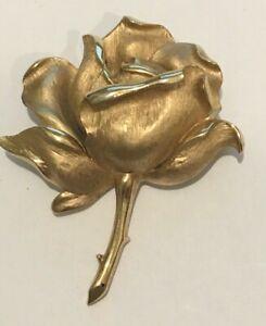 TRIFARI CROWN SIGNED GOLD ROSE BROOCH