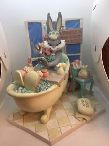 """Rare 1994 Warner Bros Honey Bunny """"Happiness Is Being Good To Yourself"""" Statue"""