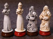 LARGE SNOW WHITE CHESS SET - HAND CRAFTED IN CASTING STONE (antiqued) 759