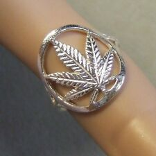 New Sterling Silver cannibus leaf toe ring