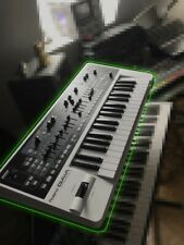 Roland Gaia Synthesizer SH01