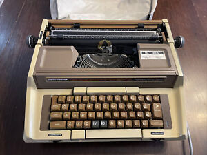 Vintage 80s SMITH CORONA CORONAMATIC 2500 Electric Typewriter w/ Original Cover