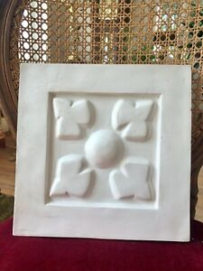Stucco Centre -  Blütenrelief Schmuckelement 160-F139 Stuck 29,8x29,8 cm
