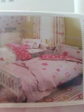 Next twin bed set of TWO single duvet covers 2 pillowcases hearts flowers NEW