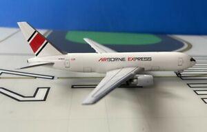 Airborne Express Boeing 767-200F N768AX 1/400 scale diecast Aeroclassics