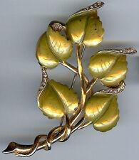 BEAUTIFUL VINTAGE UNSIGNED DEROSA GOLDEN GREEN ENAMEL RHINESTONE LEAVES PIN
