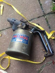 A Vintage PRIMUS No 632 SN Blow Torch Lamp Tools Paraffin Sweden.