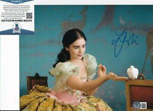 LILY COLLINS signed (MIRROR MIRROR) Snow White movie 8X10 photo BECKETT BB34378