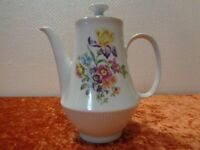 GDR Porcelain Coffee Pot - Colditz - Scattered Flower - Vintage - around 1970
