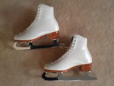 RIEDELL 355 SILVER STAR LADIES FIGURE SKATES, SELECT CLASSIC BLADES SIZE 4 NEW