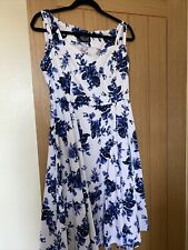 Hearts And Roses Dress Size 14
