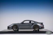 1/18 Spark Porsche 911 Turbo S Exclusive Series Gray Dealer Edition