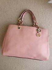 Michael kors Authentic Medium Baby pink handbag Summer tote jet set travel used