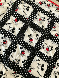 Handmade Baby Gift Play. floor roll Tummy Time Blanket/Quilted Mickey Mouse