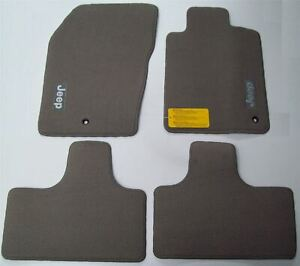Jeep Cherokee Carpet Mat Set Grey K82212213AC 2011-2014