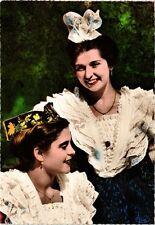 CPM  - Costume provencal de cérémonie du Pays d'Arles (216167)