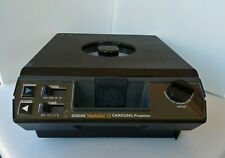 Kodak Carousel Medalist II 35mm Slide Projector Built-In Viewer Screen Vintage