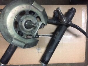 porsche 911 front suspension spindles wo/struts  L R pair 68-73  RARE  TESTED