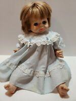 F4 VINTAGE VOGUE 1965 BABY DEAR ONE VINYL AND CLOTH SLEEP EYES 23 INCHES
