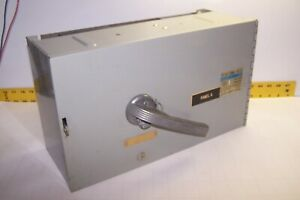 GOULD ITE 200 AMP FUSIBLE VACU-BREAK SWITCH 3P 600 VAC 3 PH  V7F3604