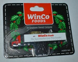 WinCo Foods Supermarket First Gear Miniature Truck Ornament 1:256 International