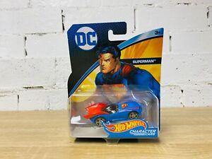 1:64 Hot Wheels DC Comics Superman Character Cars Cape 2017 Release