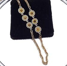Vintage Larga Cadena Collar de vidrio de color ámbar.