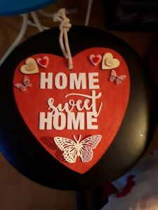 HANDMADE HANGING HEART PLAQUE HOME SWEET HOME ANY COLOURS,WORDS, CAN PERSONALISE