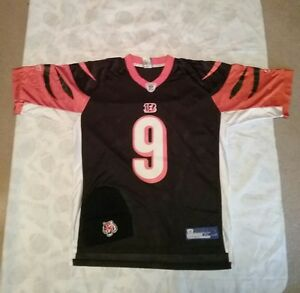Carson Palmer Bengals Size XL Jersey and Beanie
