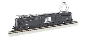 Bachmann - GG1 Electric - Standard DC -- Penn Central #4882 (black, white) - HO