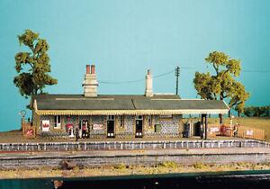 RATIO 00 Gauge Platform, Layout Kit No: 504 Station Building.