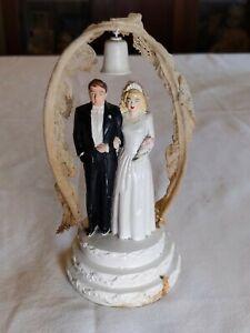 VTG 1947 CHALKWARE WEDDING CAKE TOPPER Pedestal BRIDE GROOM Coast Novelty