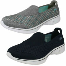 Skechers Standard Width (D) Casual Flats for Women
