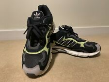 Adidas Temper Run UK 7.5 Black & Glow Trainers Sneakers