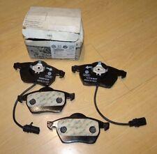 Genuine Audi A4 A6 / VW Passat / Skoda Superb front brake pads 4B0698151J