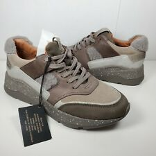Frye Sneakers women Sneakers Willow Low Lace Up Gray Lamb Fur Leather Size 8.5