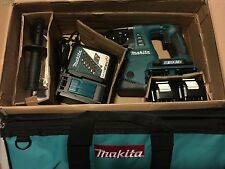 Makita XRH05 KIT 18V X2 LXT Cordless 1-Inch Rotary Hammer Kit **NEW IN THE BOX**