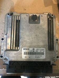 CALCULATEUR MOTEUR OPEL VIVARO Bosch REF 0281018497 237101754R