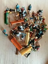 More details for oo gauge job lot of 50 figures and 15 mixed benches