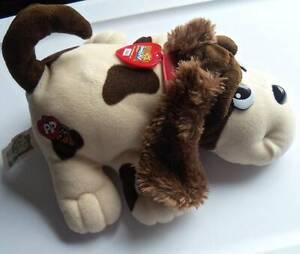 "Pound Puppy Electronic  Jakks 2000  10"" Long  Brown & White  Barks  Wags Tail"
