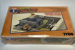 Tyco US-1 Trucking Airport New In Box