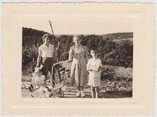 PHOTOGRAPHIE ANCIENNE PROMENADE EN POUSSETTE/BEBE en BARBOTEUSE-PHOTO VINTAGE 56