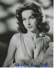Shirley Anne Field Signed 8x10 Photo -Star of THE ENTERTAINER - SEXY!!! G709