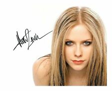 AVRIL LAVIGNE SIGNED AUTOGRAPHED A4 PP PHOTO POSTER