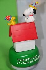 PEANUTS SNOOPY BEAGLEFEST 2000 50 YEARS OF HAPPINESS MUSIC BOX