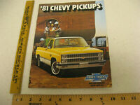 1981 81 Chevrolet Chevy Pickup Sales Brochure Literature Truck 20 Pgs BR103