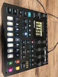 Elektron Digitone 8 Voice Digital Synth