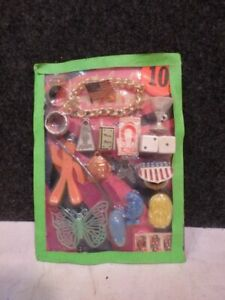 VINTAGE GUMBALL VENDING MACHINE CHARMS DISPLAY HEADER CARD LOT 20